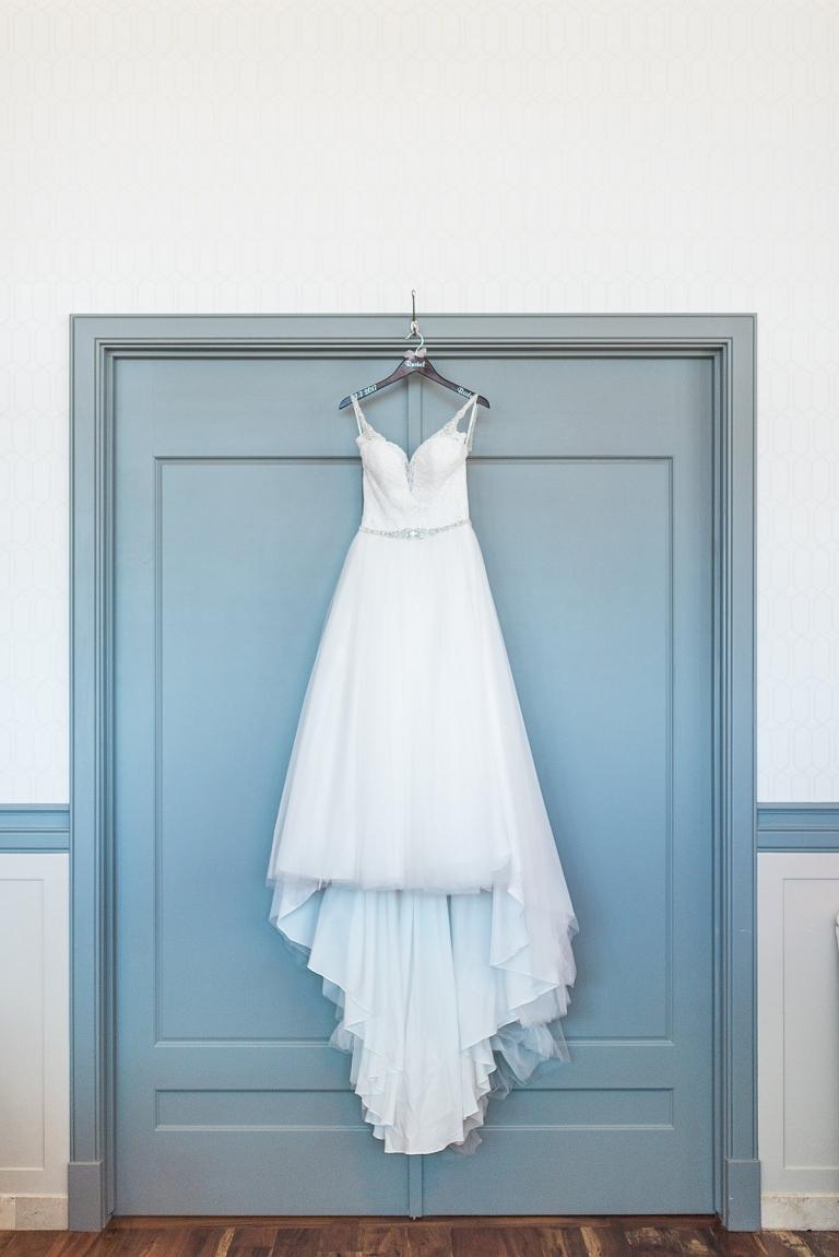 Rachel & Collin - Noah\'s Event Venue Wedding Photographer - Larissa ...