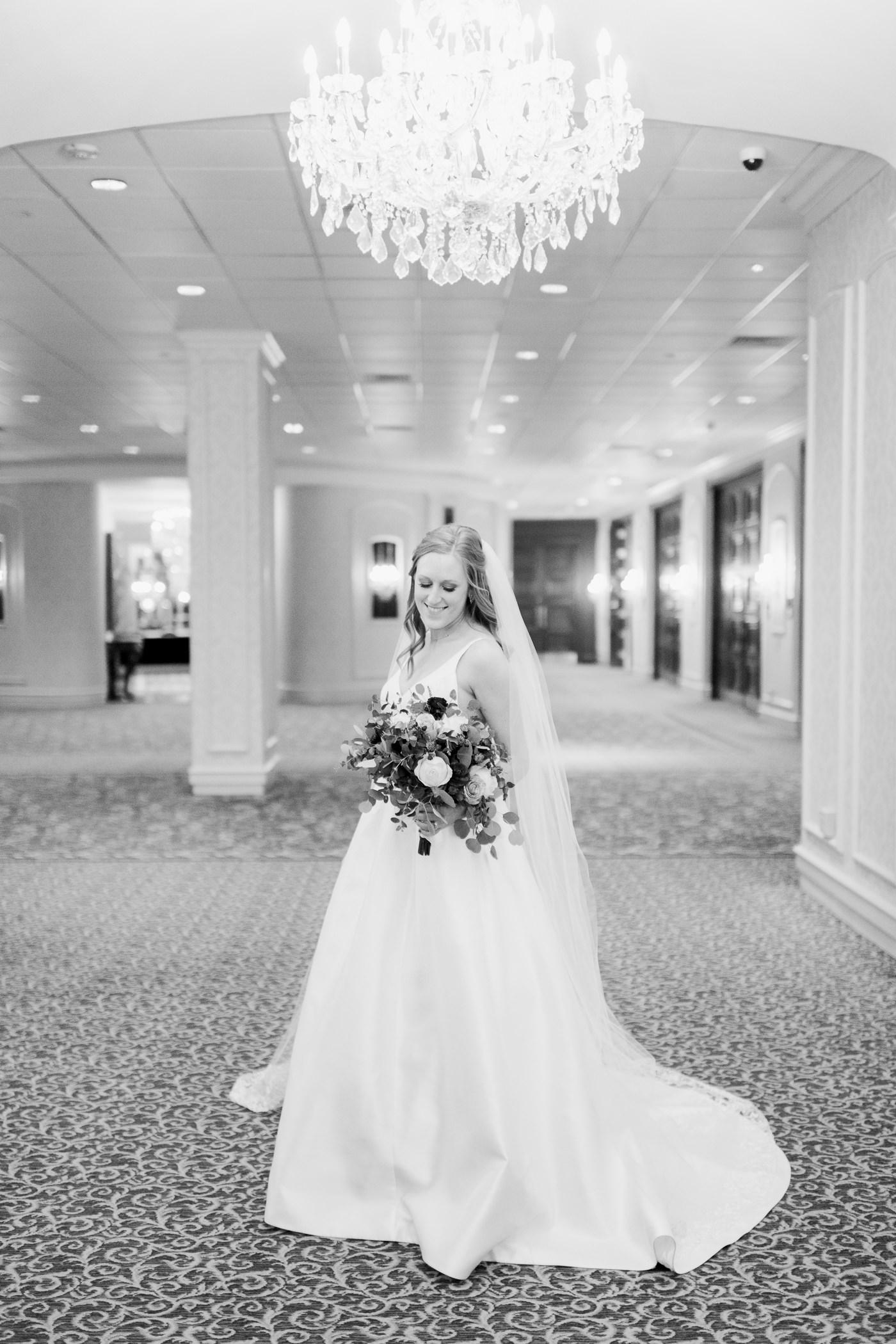 Pfister Hotel Wedding Photographers - Larissa Marie Photography