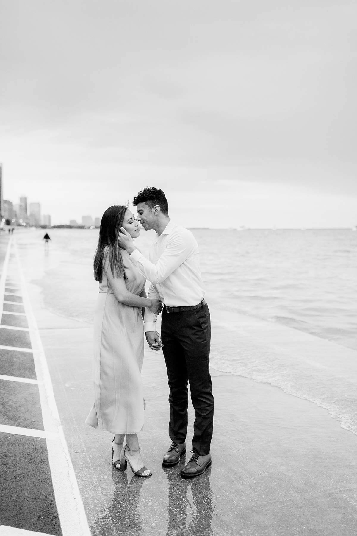 Chicago, IL Engagement Photographers - Larissa Marie Photography